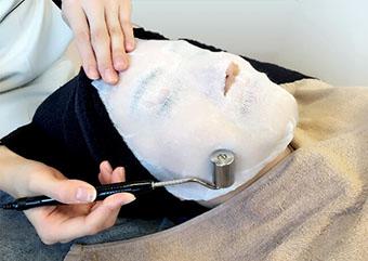 姫路メディカルクリニックのシミ・くすみ治療 イオン導入画像